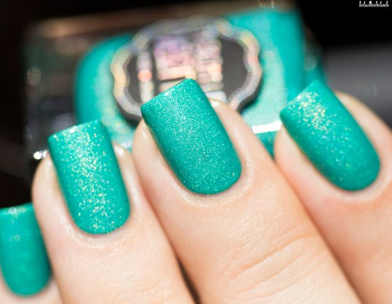 il etait un vernis-welcom paradise collection-peace, love and chill_2