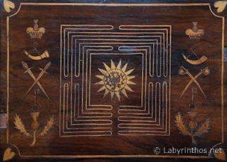 Labyrinthos_Writingbox1