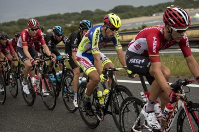 Tras reunirse con la punta, Sagan comenzó a planear su ataque final, buscando una victoria de etapa en Zélande.