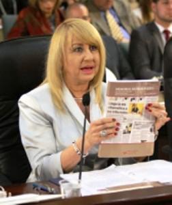 Lcda. Sonia Ivette Velez Colón, renunciante directora de la Administración de Tribunales.