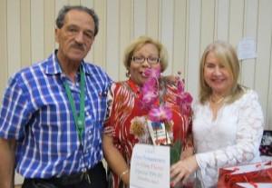 En la foto, de izquierda a derecha, Paolo Troia, María E. Barrios y Nilma Flores.