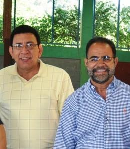 """Representante Pedro Julio """"Pellé"""" Santiago, junto a su mentor político, el alcalde de Toa Baja, Aníbal Vega Borges (Archivo)."""