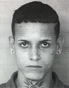 """Foto de la ficha de Esteban Aviles Asencio, alias """"Pulgo"""", uno de los arrestados en el residencial Roosevelt de Mayagüez (Suministrada Policía)."""