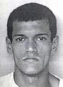 Foto de la ficha de Abel Aquino Acevedo, acusado por haber asaltado a un estudiante en la urbanización Mayagüez Terrace (Suministrada Policía).