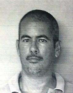 Foto de la ficha de Carlos Vélez Ortiz (Suministrada Policía).