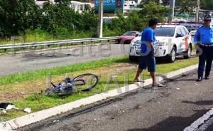 Lugar donde fue atropellado el ciclista en la carretera PR-2 en Aguada (Foto Rescate Cortés).