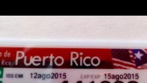 Parte de la licencia de conducir, expedida en el CESCO de Mayagüez, con un evidente error. ¿Puede el lector distinguir cuál es?