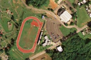 Vista aérea de la pista Relín Sosa y del complejo deportivo Rebekah Colberg (Foto Municipio de Cabo Rojo).
