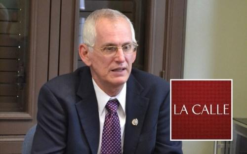 El Dr. John Fernández Van Cleve retiró su renuncia (Archivo).