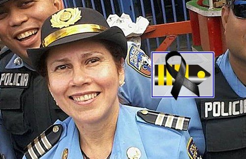teniente Aida Irizarry Torres lazo negro