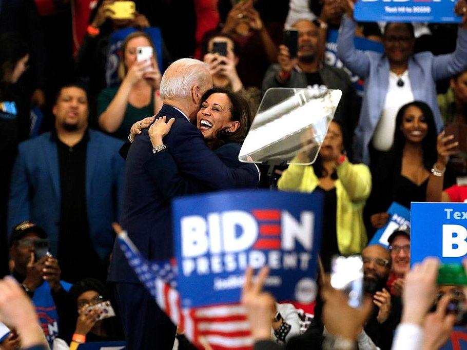 Los demócratas baten récords de recaudación de fondos tras muerte de Ginsburg