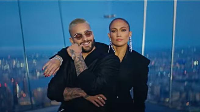 """Jennifer Lopez y Maluma  estrenan """"Pa ti"""" y """"Lonely"""""""