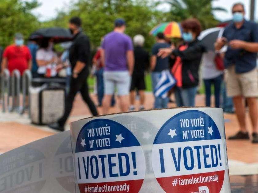 Casi nueve millones de personas votaron ya en una incierta Florida