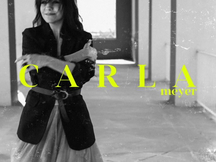 Carla Meyer - La mitad