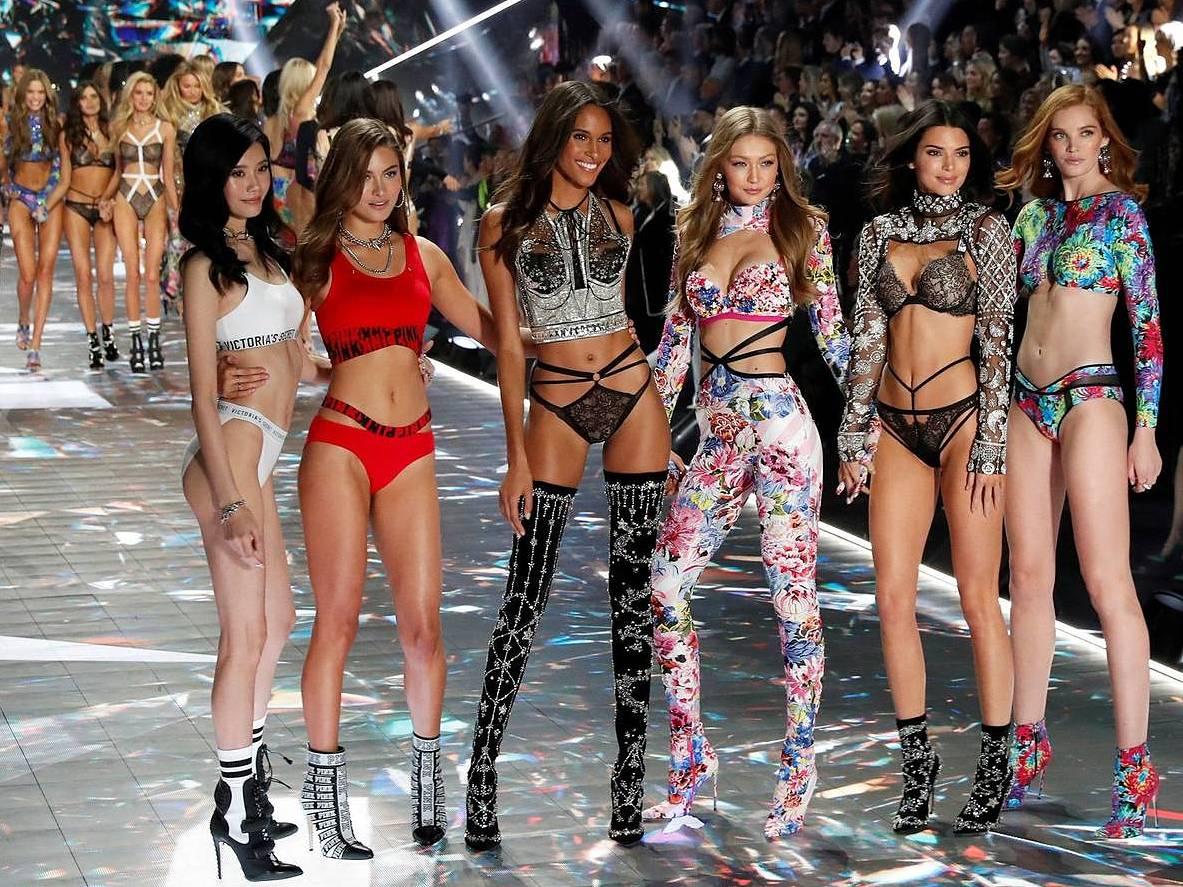 12 modelos de Victoria's Secret revelan sus rostros sin maquillaje