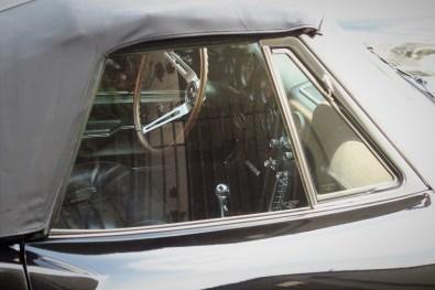 1966-corvette-stingray-1