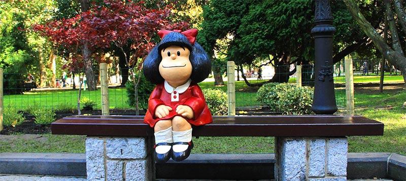 Qué ver en Asturias rural - Mafalda en Oviedo - La Casa Azul de Las Caldas
