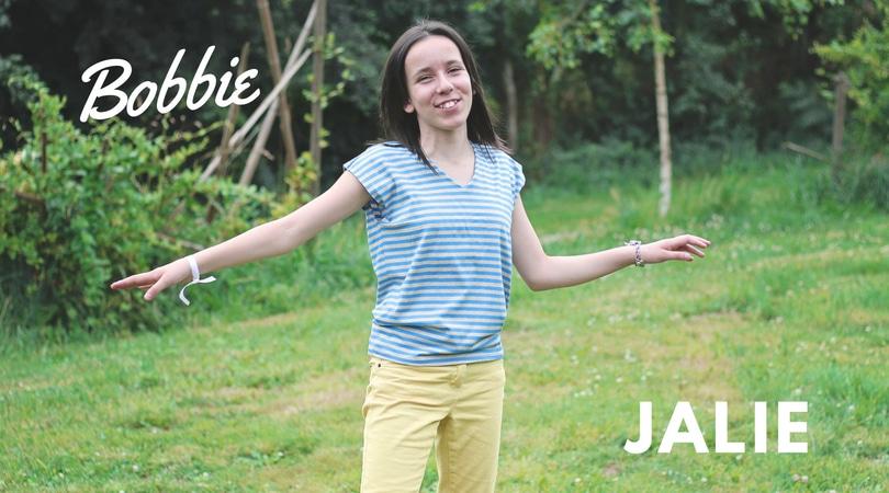 Bobbie, Jalie's magical V-neck t-shirt