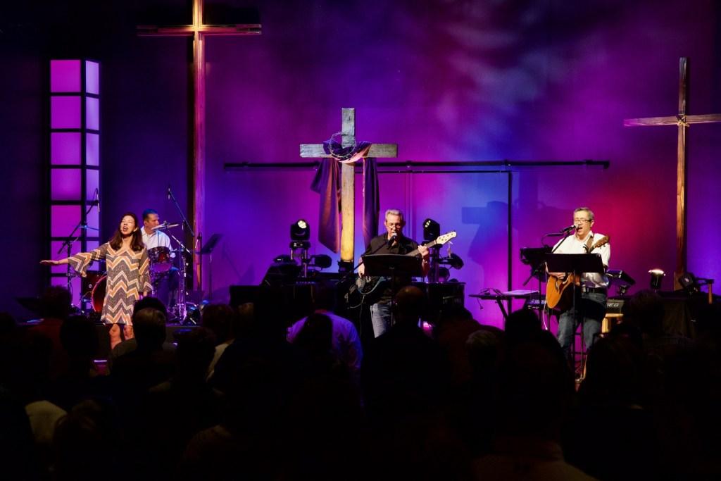 Contemporary Worship at La Casa de Cristo Lutheran Church
