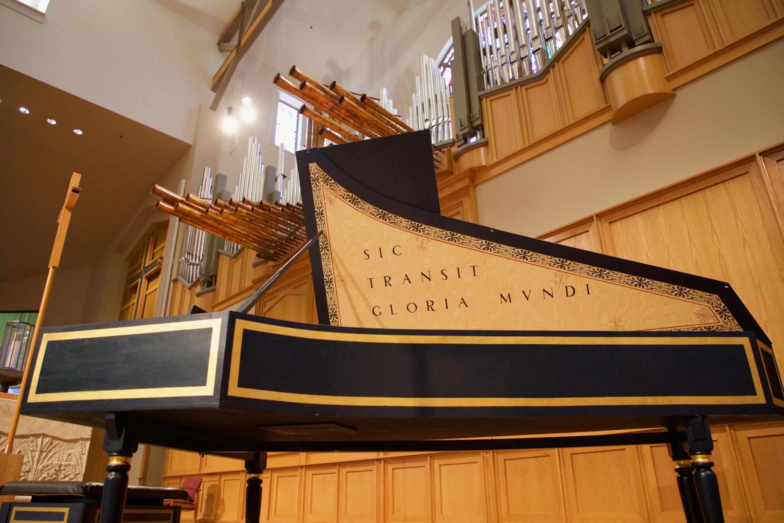 organ and harpsichord - La Casa de Cristo Scottsdale, Arizona Lutheran Church located in Scottsdale, Arizona near Phoenix
