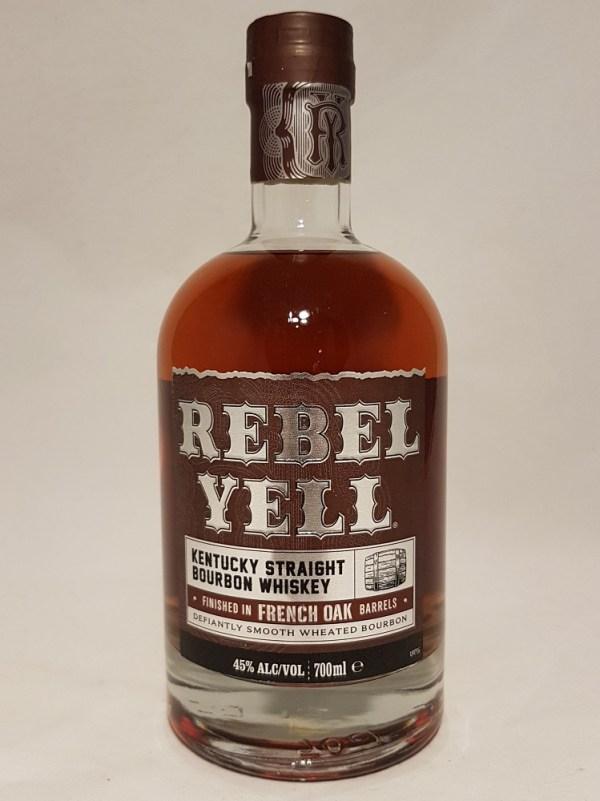 Kentucky straight Bourbon Whiskey Rebell Yell 45°