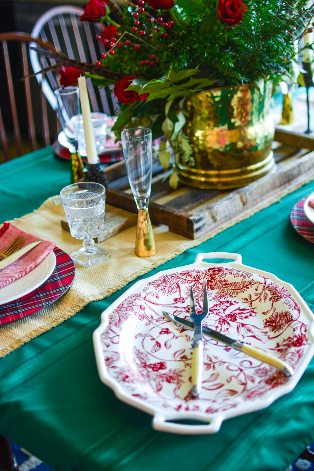 A Holly Jolly Tablescape with Mud Pie Gifts