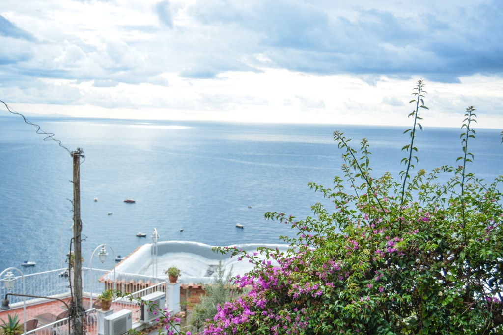 A Rainy Day in Positano - Italy Travel - @lacegraceblog1