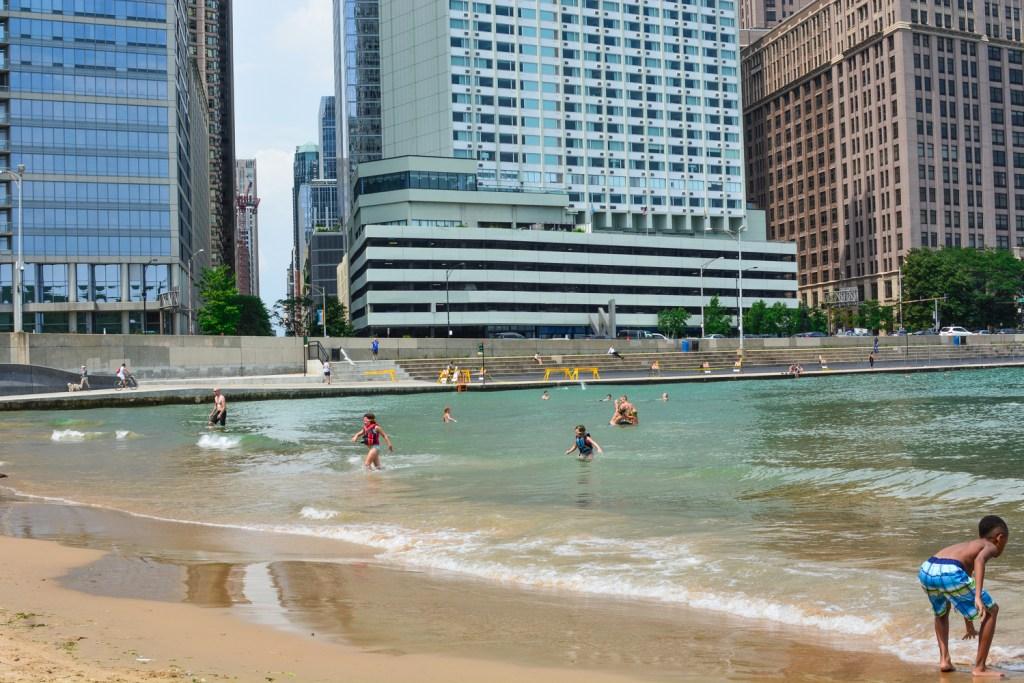 Strolling Around Chicago's Navy Pier - Travel - @lacegraceblog1