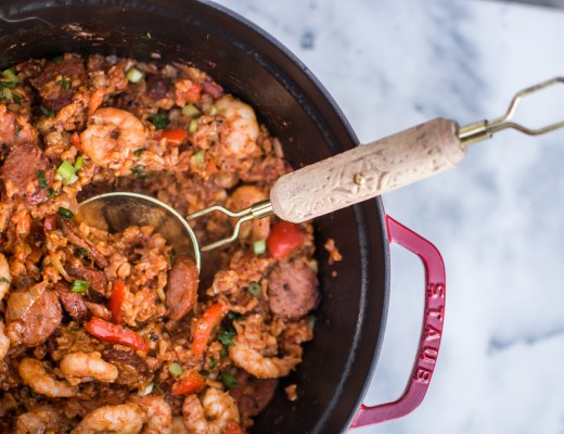 Easy Dutch Oven Jambalaya - Recipes - @lacegraceblog