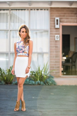fashion blogger, petite fashion blog, fashionista, lace and locks, los angeles fashion blogger, brooklyn harper, spring fashion, summer fashion, affordable fashion,streetstyle, giveaway, nine west booties, white skirt