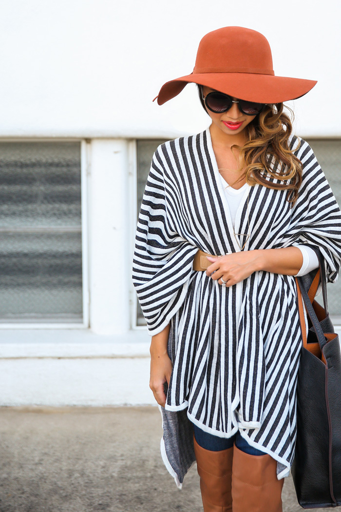 petite fashion blog, lace and locks, los angeles fashion blogger, morning lavender,stripe poncho, women's cape, morning lavender, black tote, streetstyle