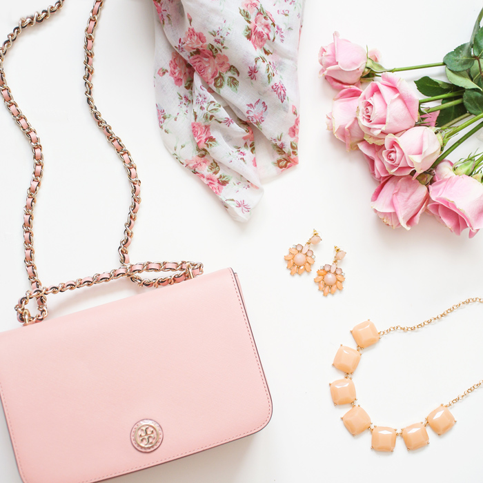 petite fashion blog, lace and locks, los angeles fashion blogger, spring fashion,  pink tory burch