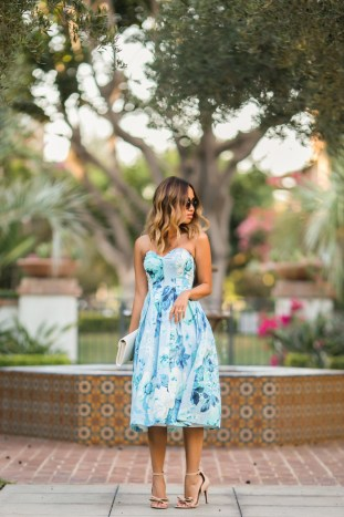 petite fashion blog, lace and locks, los angeles fashion blogger, floral midi dress, asos dress, sweetheart dress, bow shoes, kay unger shoes, ysl white clutch