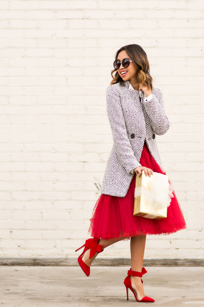 petite fashion blog, lace and locks, los angeles fashion blogger, red tulle skirt, red bow heels, holiday outfit ideas, oc fashion blogger, tulle skirts for women, cute tulle skirts, asos skirts, bow tying blouse