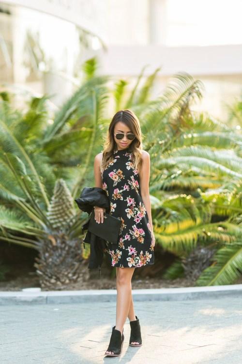 petite fashion blog, lace and locks, los angeles fashion blogger, oc fashion blogger, fall outfit, nordstrom fall fashion, floral shift dress, cute fall look