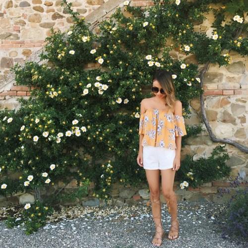 petite fashion blog, lace and locks, cute scallop bikini, italy travel blog, gladiator sandals, mgemi gladiator, tuscany travel blogger