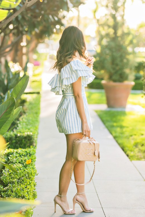 petite fashion blog, lace and locks, LA fashion blogger, oc fashion blogger, ONE SHOULDER STRIPE ROMPER, cute spring romper, morning lavender, chanel vanity bag