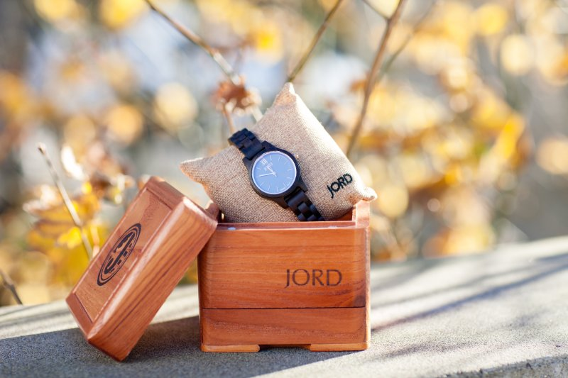 JORD wood watch, Frankie series in dark sandalwood