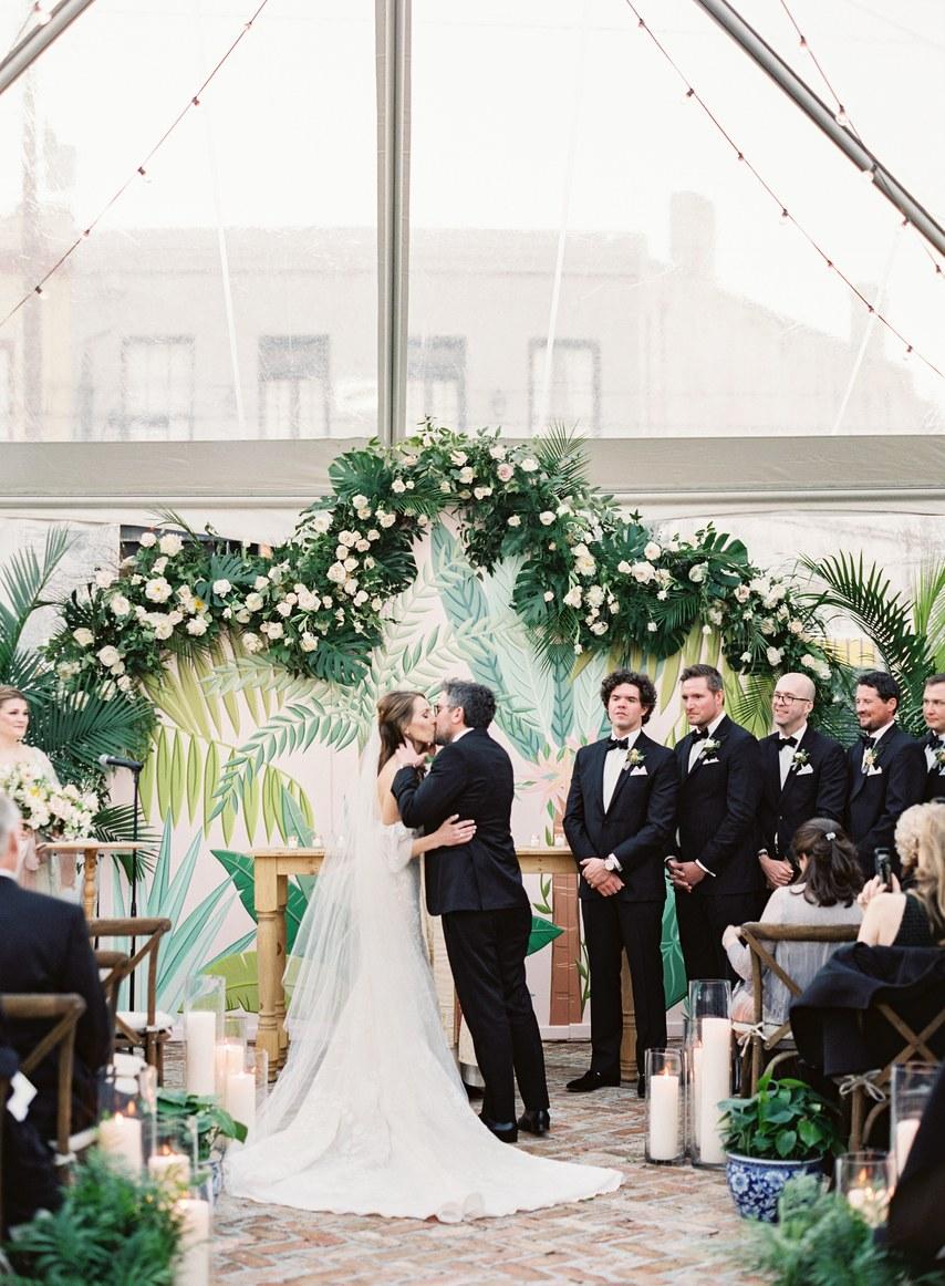 Wallpaper Wedding Accents