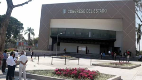 Diputados del Congreso de Morelos reciben recursos millonarios aparte de su sueldo