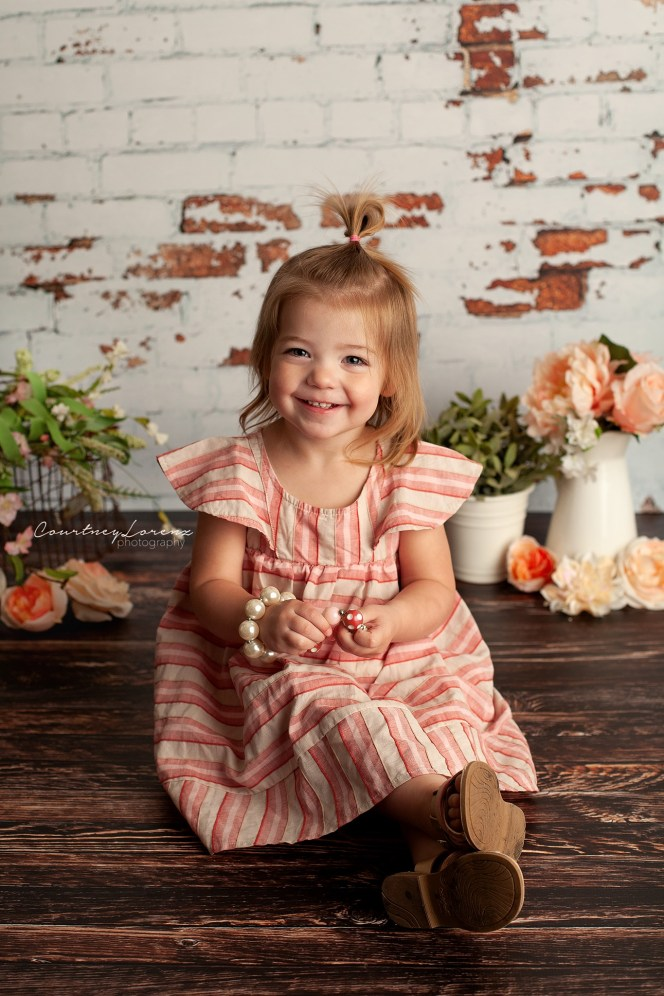 White distressed Brick photography backdrop