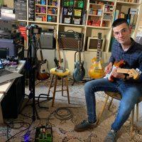 Venir au showroom de La Chaîne Guitare : un des plus de l'abonnement payant