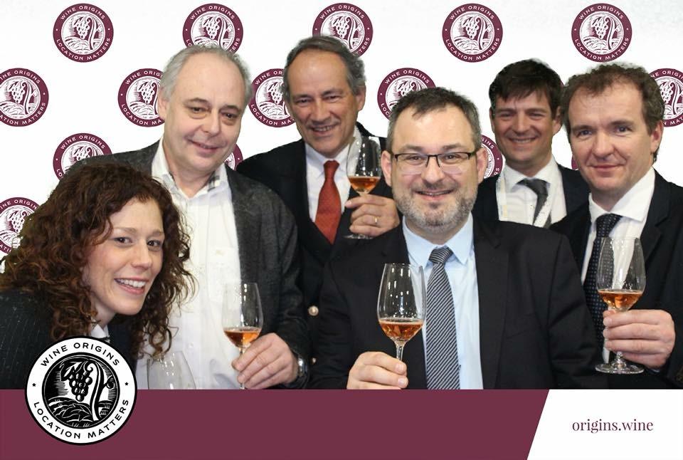 Les membres du Comité Champagne pour soutenirl la Wine Origins Alliance.