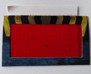 un filtre rouge utilisé pour une chasse au trésor