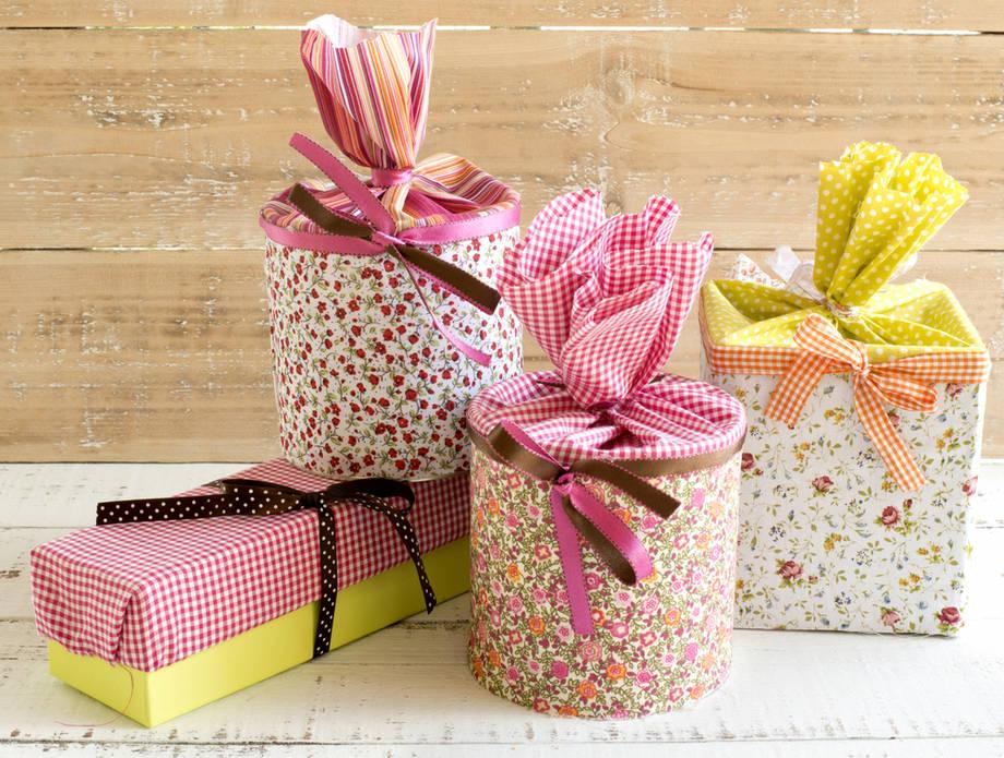 Il pacchetto regalo di natale originale idee fai da te for Idee per aprire un negozio originale