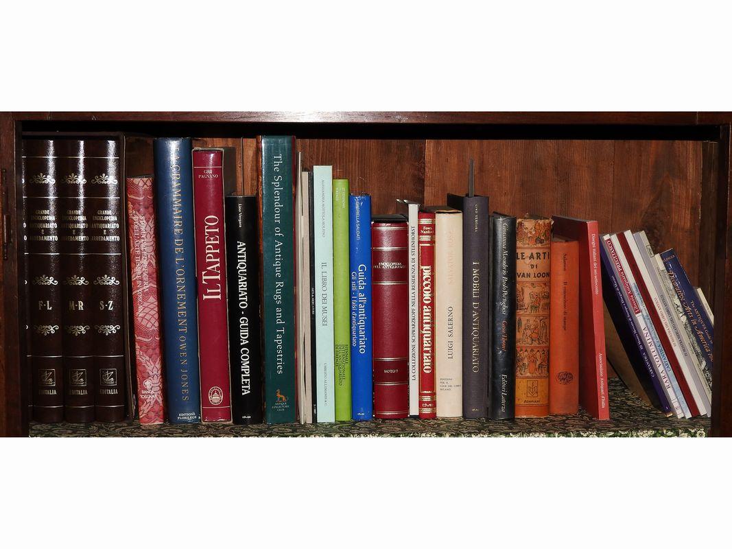5 € | design aavv 1994 altroconsumo arredamento di interni 1001 idee e trucchi : I 5 Migliori Libri Sull Arredamento Di Interni Lacittadeilibri It