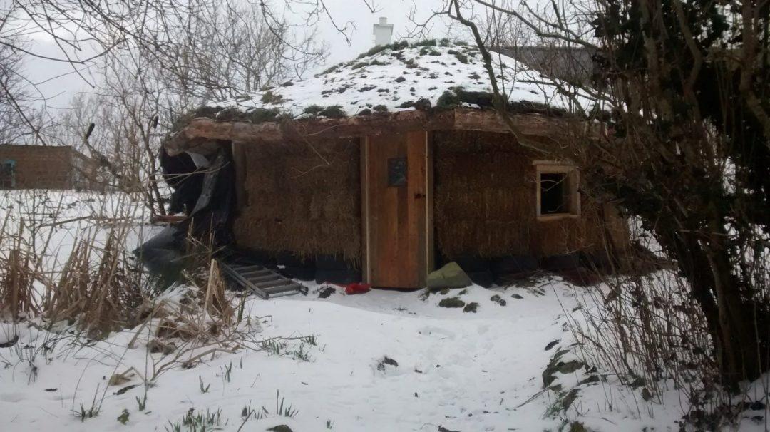 Strawbale barn off grid at Lackan Cottage Farm