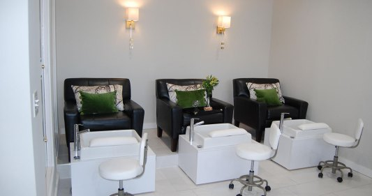 La Clinica Salon Day Spa Pedicure Manicure