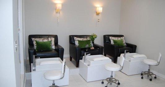 La Clinica Salon Day Spa Pedicure Manicure
