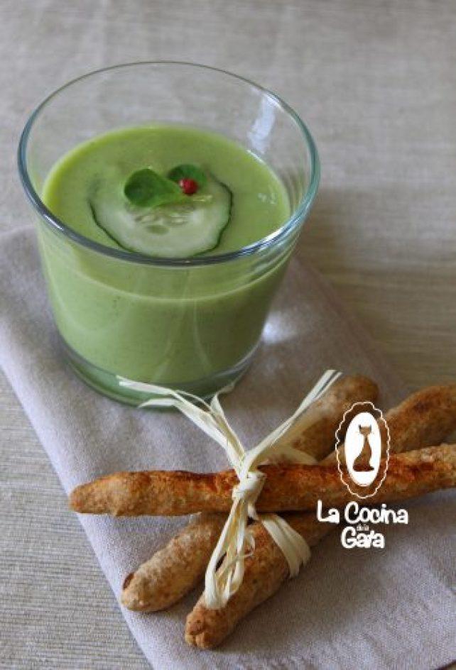 Gazpacho verde, primeros platos para compartir.